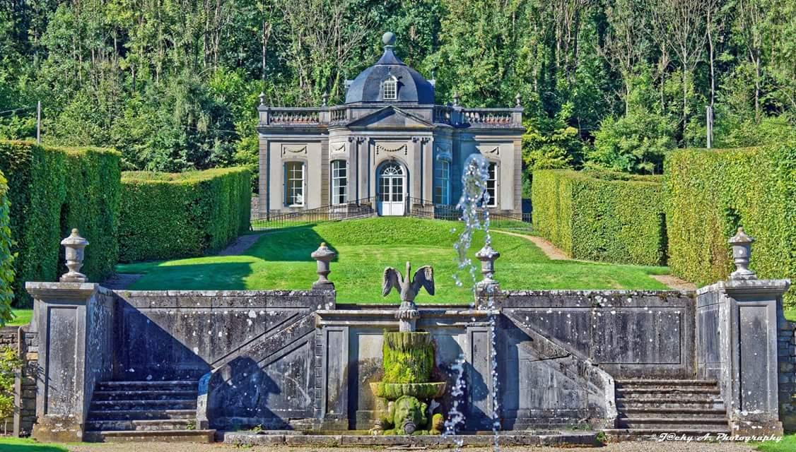 Chateau de Freÿr